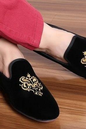 Men Black Velvet Embroidery Loafer Party Shoes